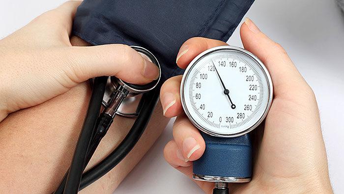 Măsurarea tensiunii arteriale – când, cum și cu ce?